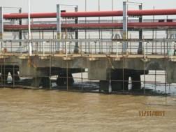 码头酸碱腐蚀的防护